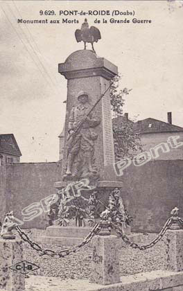 Divers 14 Monument-aux-morts-02