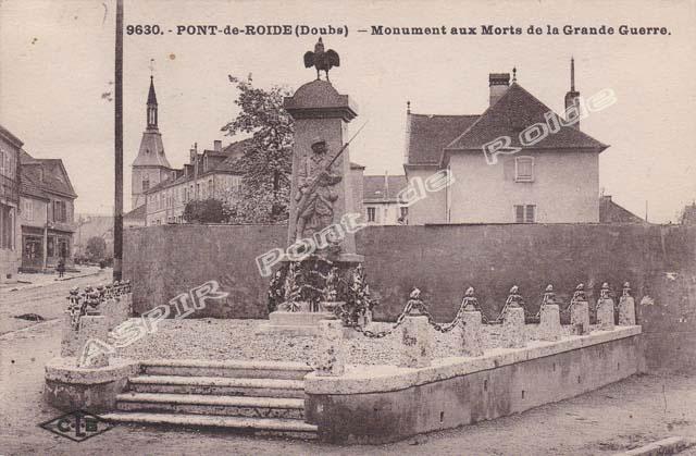 Divers 17 Monument-aux-morts-05