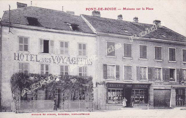 Place-centrale-commerce-06