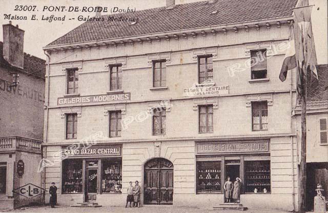 Place-centrale-commerce-07