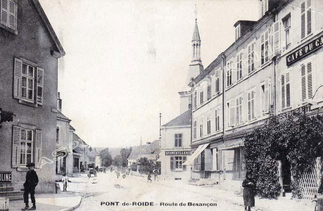 Route-Besançon-vue-depuis-place-03