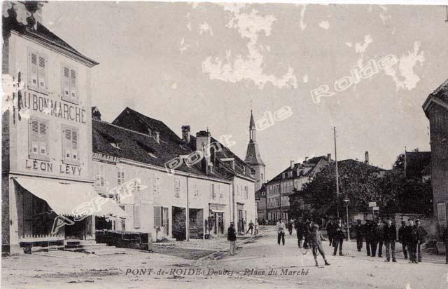 Route-Besançon-vue-depuis-place-09