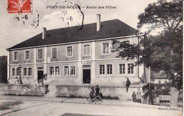 Rue-Montbéliard-09-halles